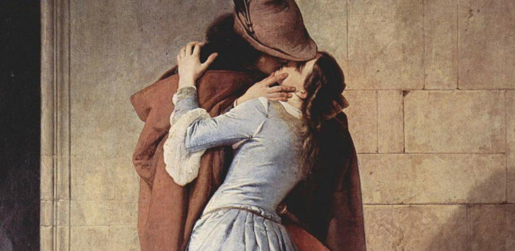 Das Gemälde aus dem neunzehnten Jahrhundert zeigt einen Mann in braunem Umhang und mit Federhut, der leidenschaftlich eine Frau in weißem Kleid küsst. Sie stehen in der Ecke eines Gebäudes und erwecken den Eindruck von Heimlichkeit.